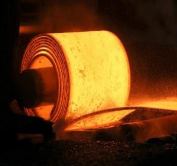 بهرام سبحانی در نامه ای به علیرضا رزم حسینی : بازنگری در محدودیت ابلاغی فعالیت کارخانجات فولاد